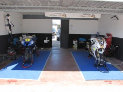 BOX RACE 2 motos